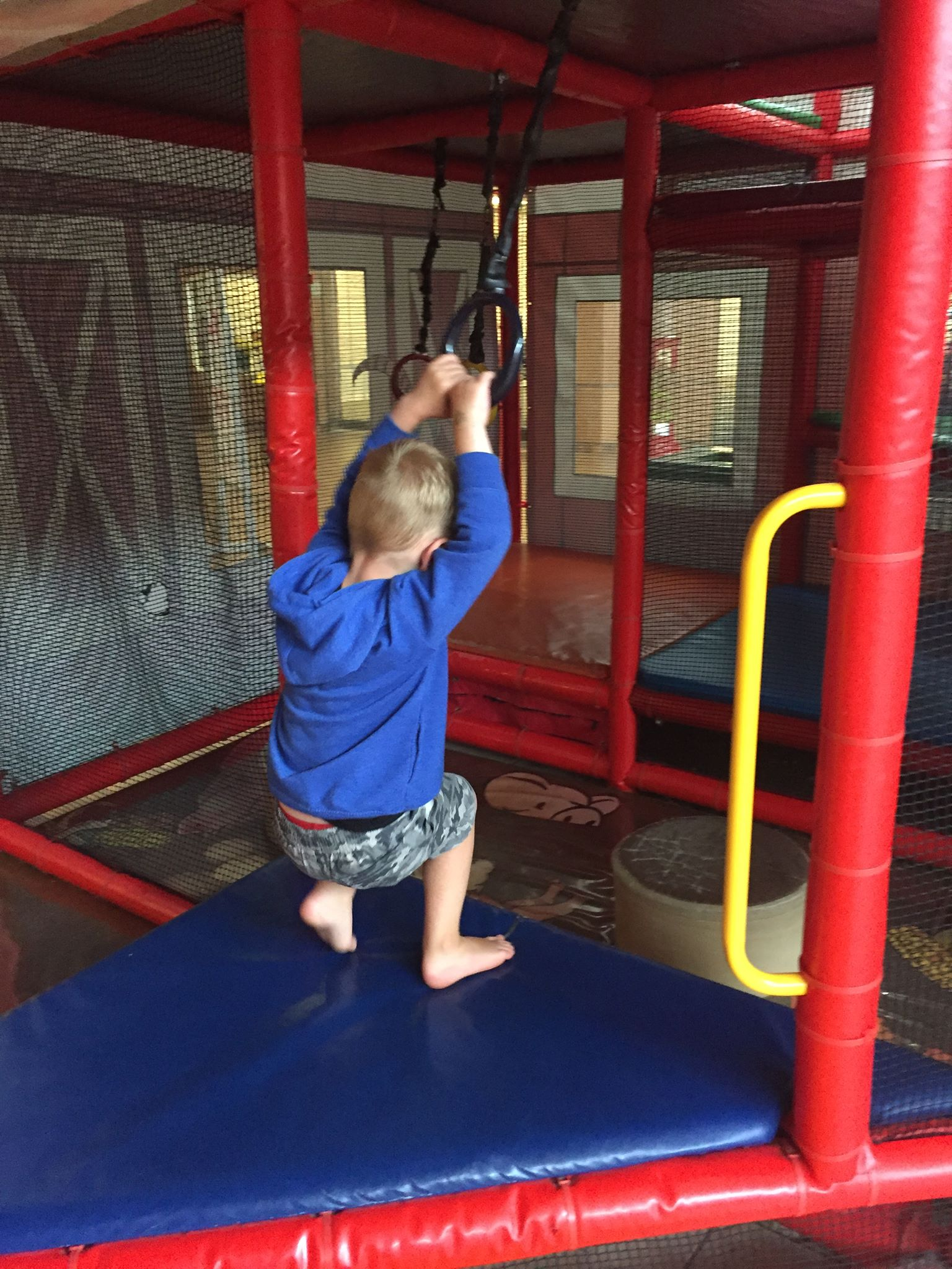 Fast Food With Indoor Playground Me Kid Play Places Chicago The Outdoor Parks Monkey Island